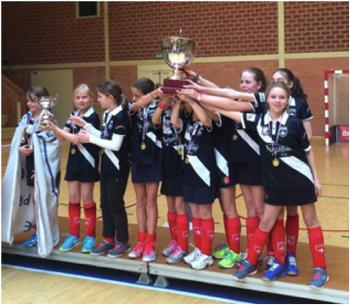 lilhoc-U12-filles-champions-lmhc